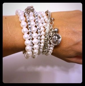 Eight beautiful stretchy bracelets